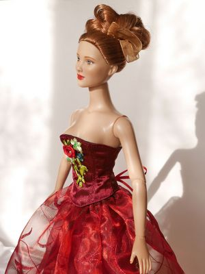 Wine-red-organza rose 32