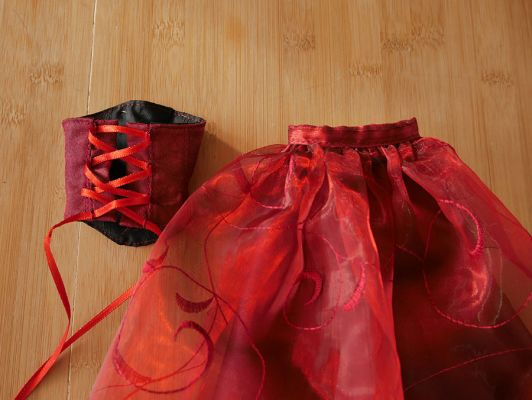 Wine-red-organza rose 43