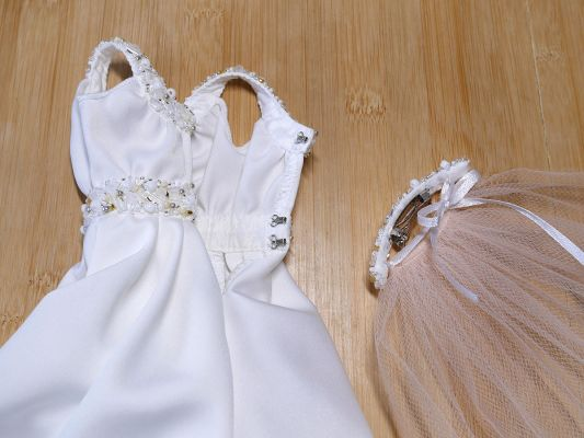 Bridal-gown-gold-beaded 23